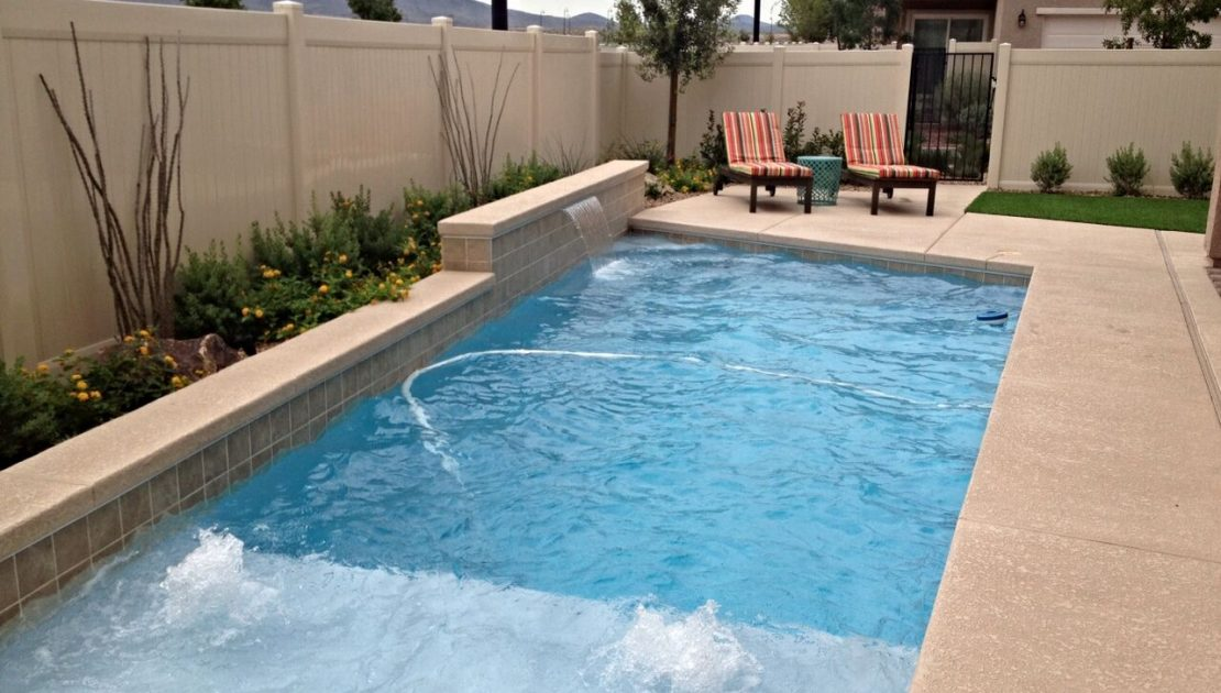 How to Market a Swimming Pool Business